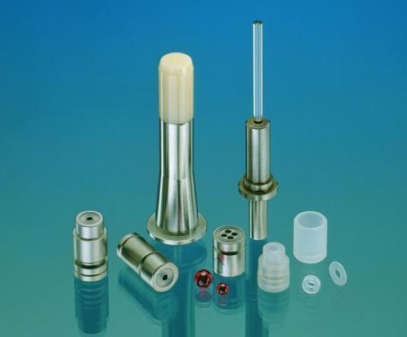 Soupapes miniatures pour les pompes à très haute pression utilisées en chromatographie