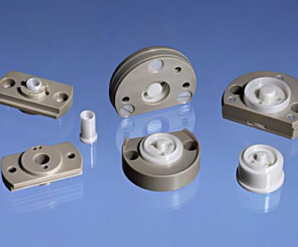 Ceramic parts with high thermal resistance